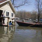 ap110510143263_lake_champlain_flooding2011.jpg
