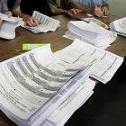 ballots_counted_toby_ap100908020686.jpg