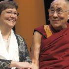 dalai_lama_101212_toby_ap509330331974.jpg