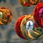holiday_decorations_340x255_2.jpg