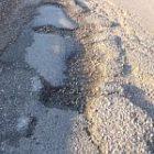 pothole200.jpg