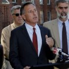 shumlin_at_stateoffice_091212_toby_ap975877639813.jpg