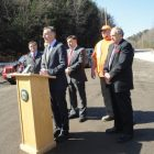 shumlin_roadside_news_conference_to_announce_that_more_money.jpg