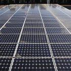 solar_panel_mark_lennihan.jpg